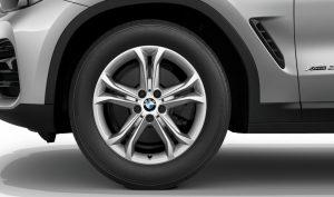 BMW Leichtmetallrad Doppelspeiche 688 Reflexsilber Winter Komplettrad