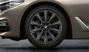 BMW Leichtmetallrad V Speiche 684 Orbitgrau Winter Komplettrad