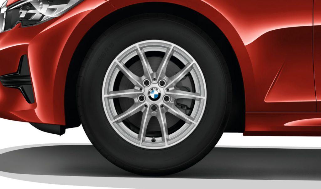 "16"" BMW Leichtmetallrad V-Speiche 774 Reflexsilber, Winter-Komplettrad"